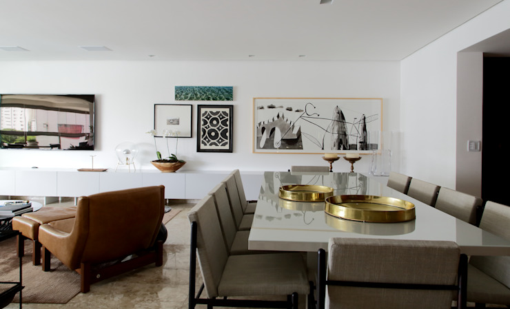 Ruang Keluarga Modern Oleh arquitetaspe Modern