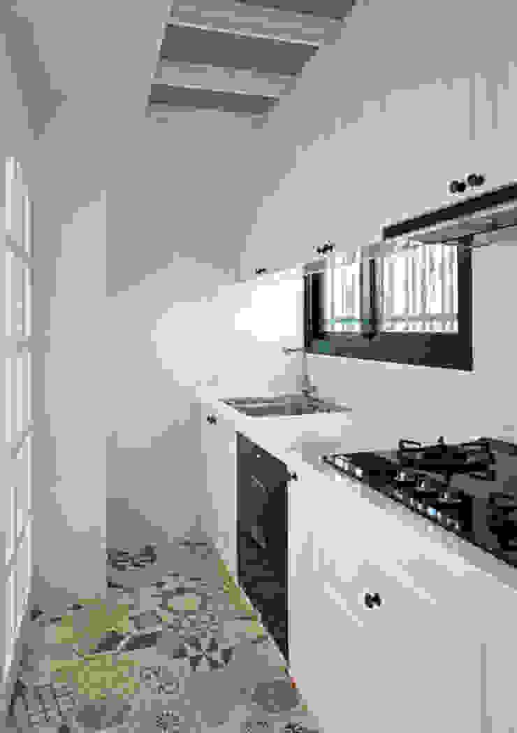 廚房 根據 ISQ 質の木系統家具 鄉村風