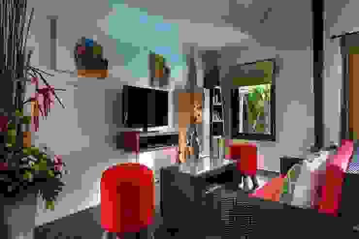 TV Room Oleh Credenza Interior Design Asia
