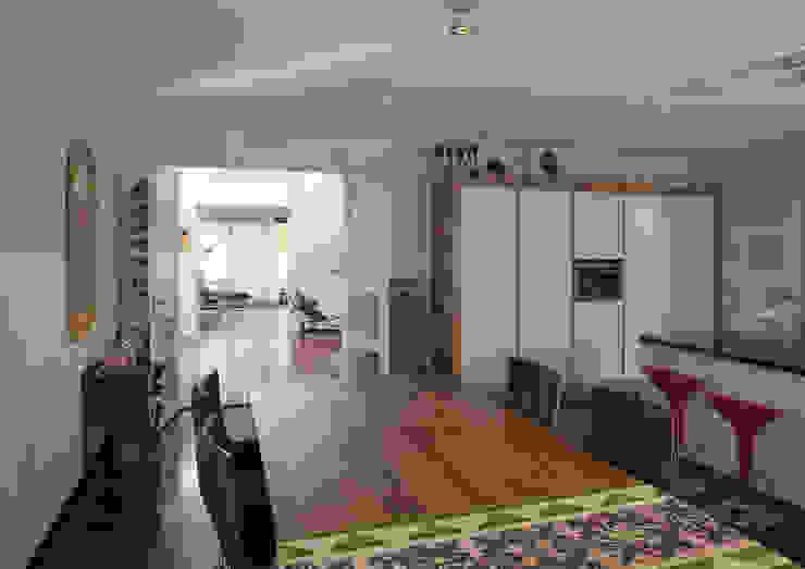 Modern dining room by Studio Leon Thier architectuur / interieur Modern Wood Wood effect