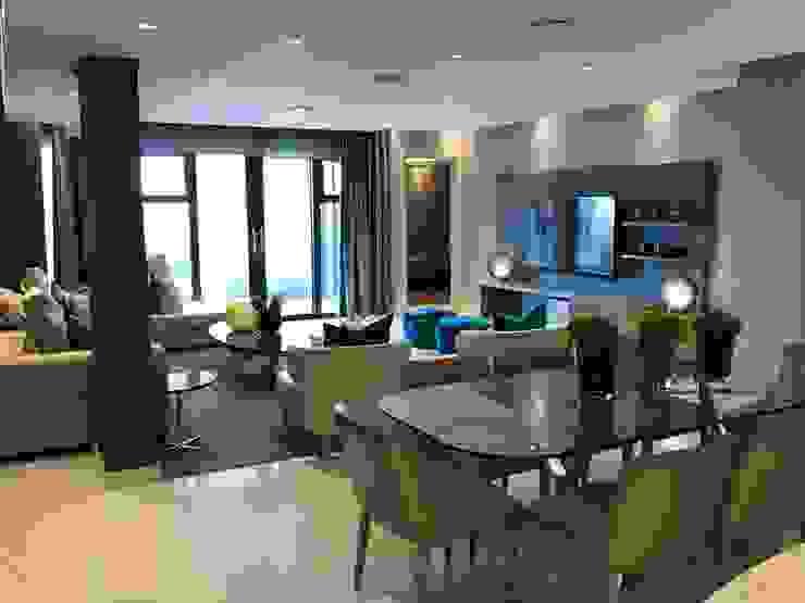 Dining Room onto Lounge by Karen Robert