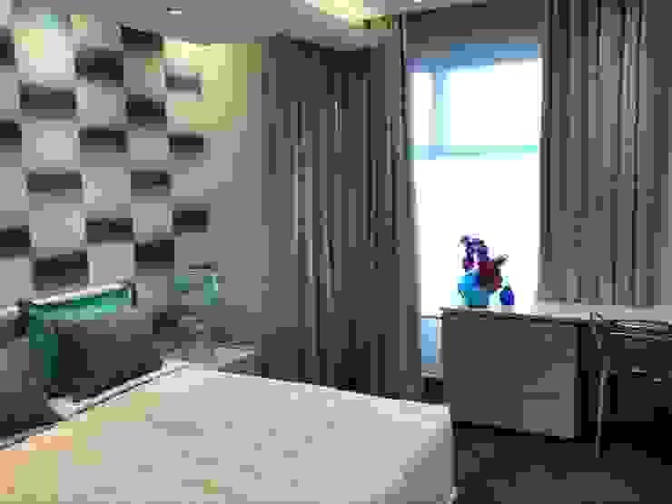Guest Bedroom by Karen Robert