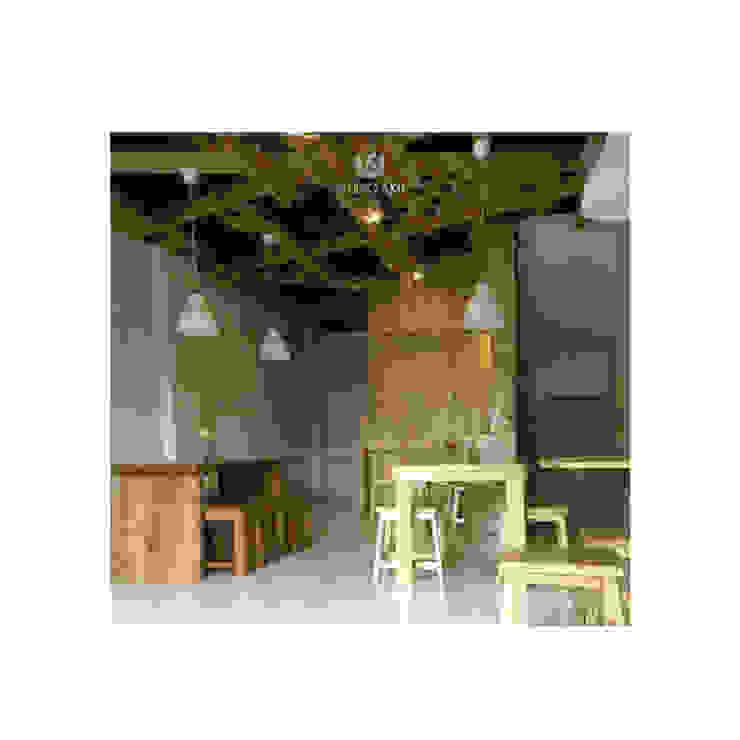 Cafeeiro 10 Ruang Komersial Gaya Eklektik Oleh Studio AKU Eklektik Kayu Wood effect