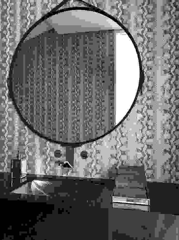 Phòng tắm phong cách chiết trung bởi Ecologik Chiết trung Đá hoa cương