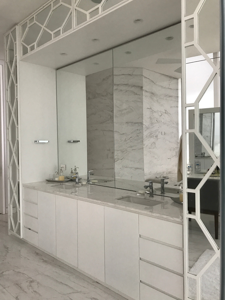 Ecologik Phòng tắm phong cách kinh điển Đá hoa White