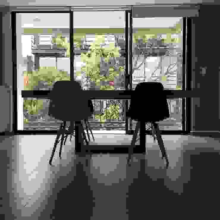 modern  von Segusino Muebles Condesa, Modern Massivholz Mehrfarbig