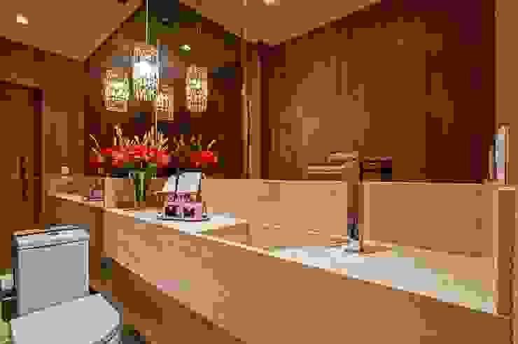 Apto AK_ 220m²: Banheiros  por Carolina Kist Arquitetura & Design,Moderno