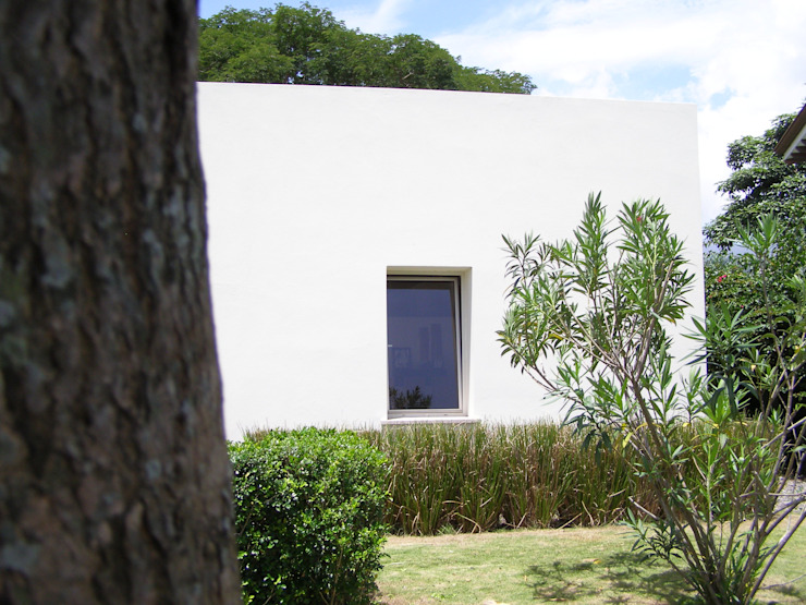 Bio Domus D.01, una casa di pregio, bioclimatica ed eco-sostenibile progettata per il comfort, l'eleganza e il benessere. Aroma Italiano Eco Design Casa passiva Bianco