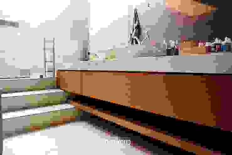 Rumah A+S Kamar Mandi Modern Oleh The GoodWood Interior Design Modern