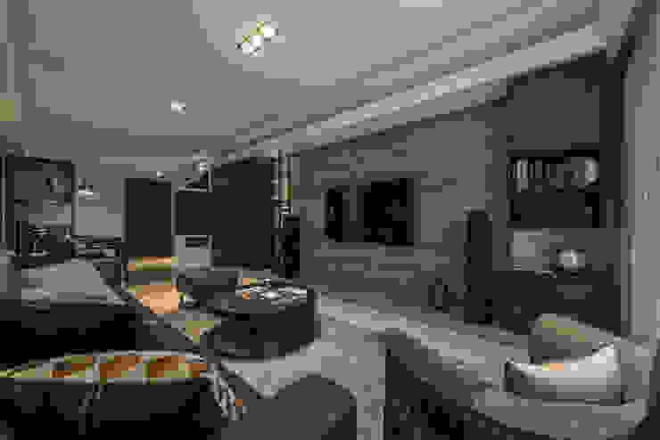 電視牆 Modern living room by 存果空間設計有限公司 Modern