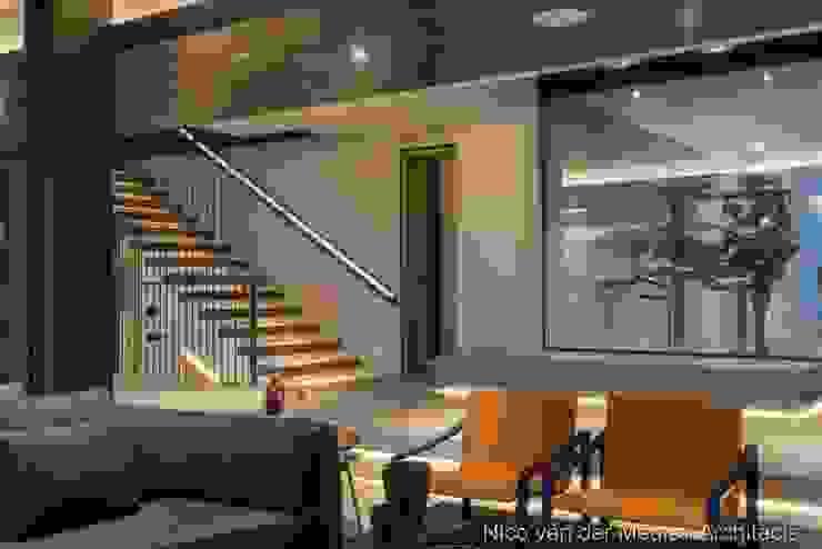 Formal Lounge Modern living room by Nico Van Der Meulen Architects Modern