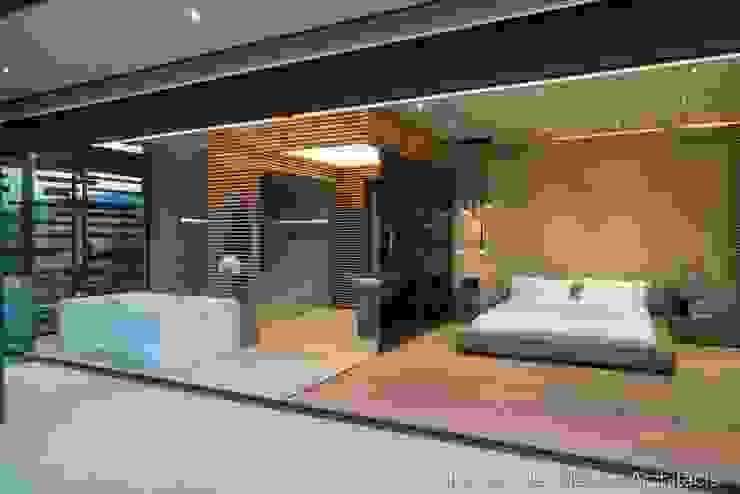 Main Bedroom & En-suite Bathroom Modern style bedroom by Nico Van Der Meulen Architects Modern