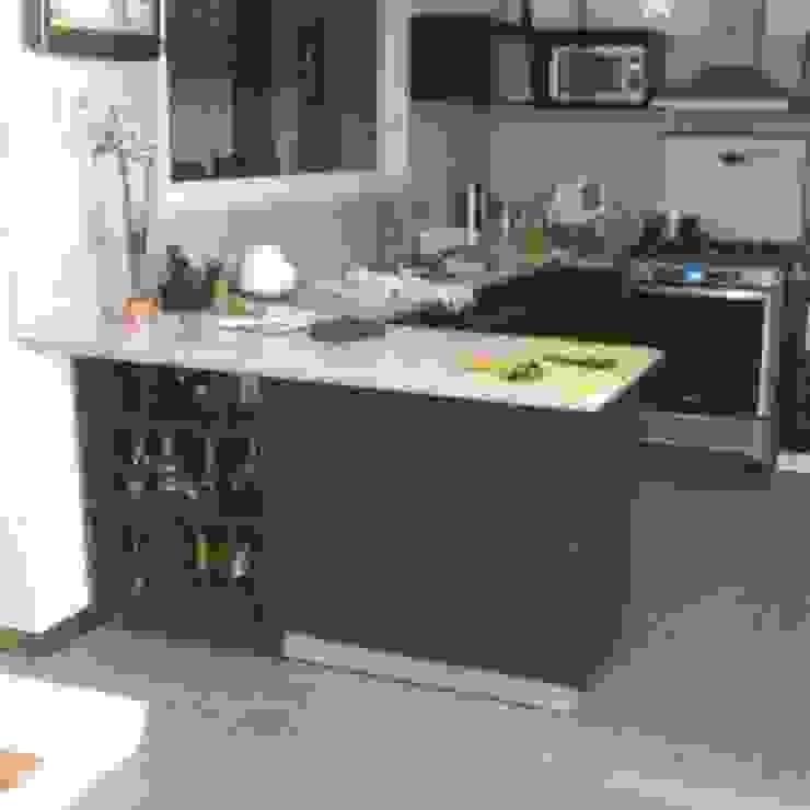 Cocina modular omarfranco57 CocinaMesadas de cocina Aglomerado Marrón