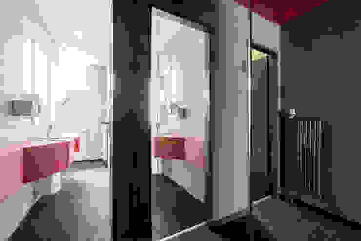 Ohlde Interior Design Modern office buildings MDF White