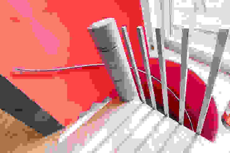 Ohlde Interior Design Modern office buildings Stone Red