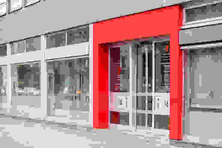 Ohlde Interior Design Modern office buildings Aluminium/Zinc Red