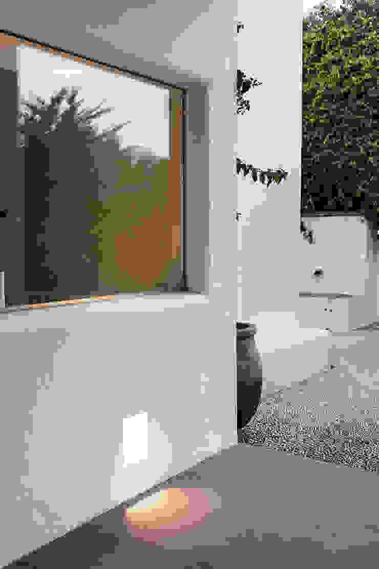 根據 Alejandro Giménez Architects 地中海風 石灰岩