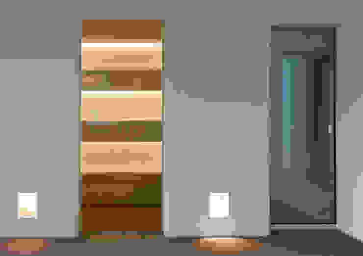 地中海走廊,走廊和楼梯 根據 Alejandro Giménez Architects 地中海風 石灰岩
