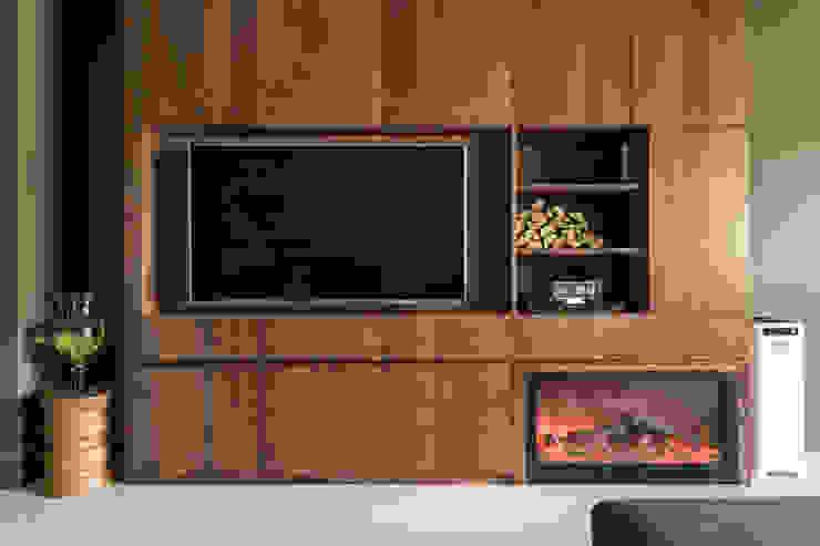Phòng khách phong cách Bắc Âu bởi 齊禾設計有限公司 Bắc Âu Gỗ Wood effect