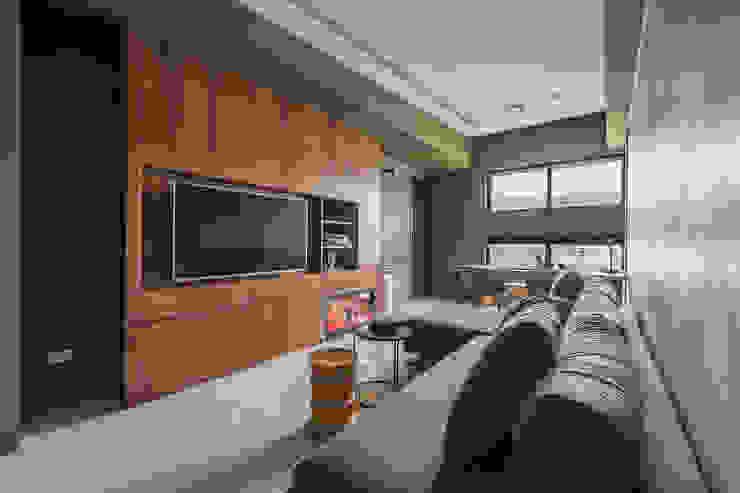 Phòng khách phong cách Bắc Âu bởi 齊禾設計有限公司 Bắc Âu Ván ép