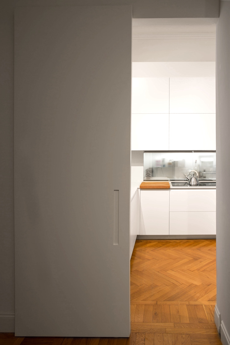 Chantal Forzatti architetto Built-in kitchens MDF White
