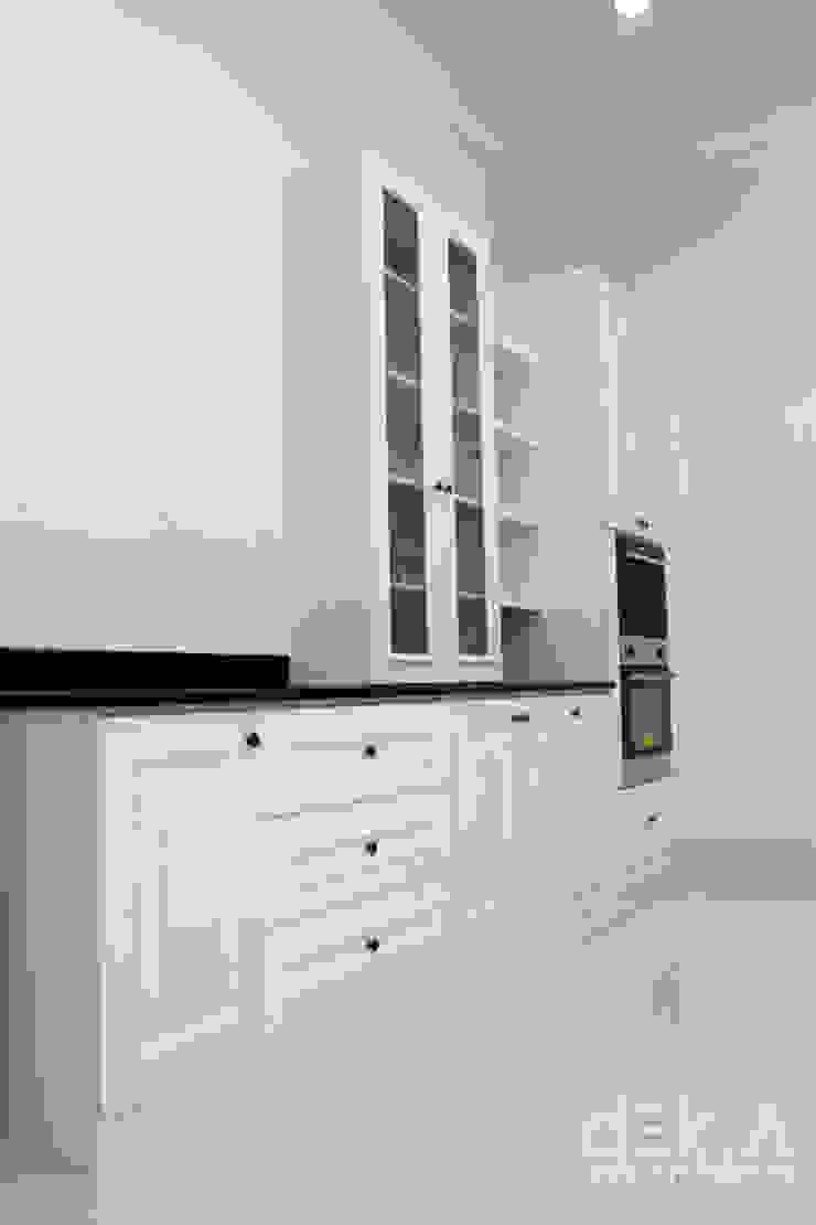 Lemari Kabinet Dapur Oleh Dekarchitects Klasik