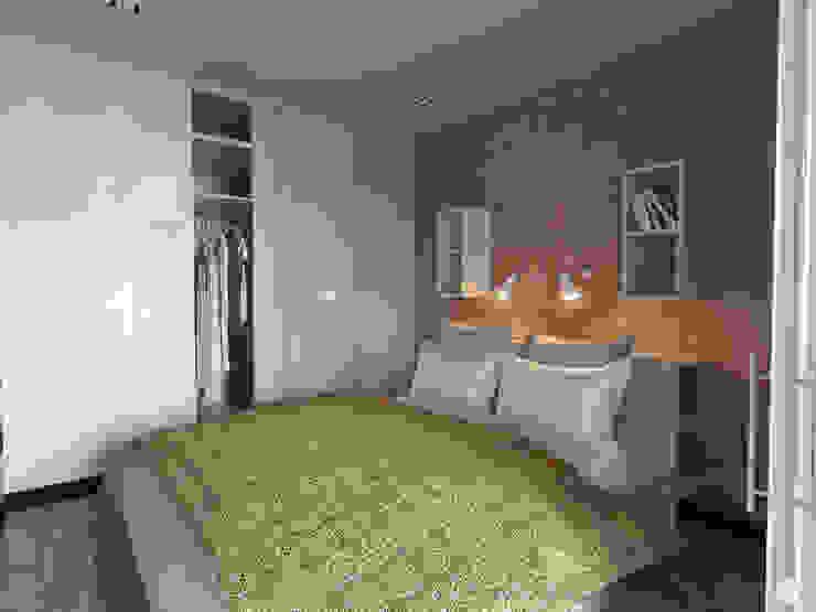 """Квартира - студия """"White bricks"""" Спальня в стиле модерн от 2GO Design Studio Модерн Дерево Эффект древесины"""
