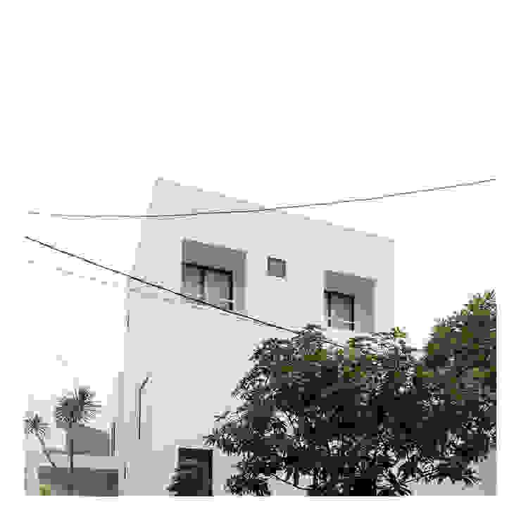 Perspektif Eksterior Ahouse 2 Rumah Minimalis Oleh studiopapa Minimalis