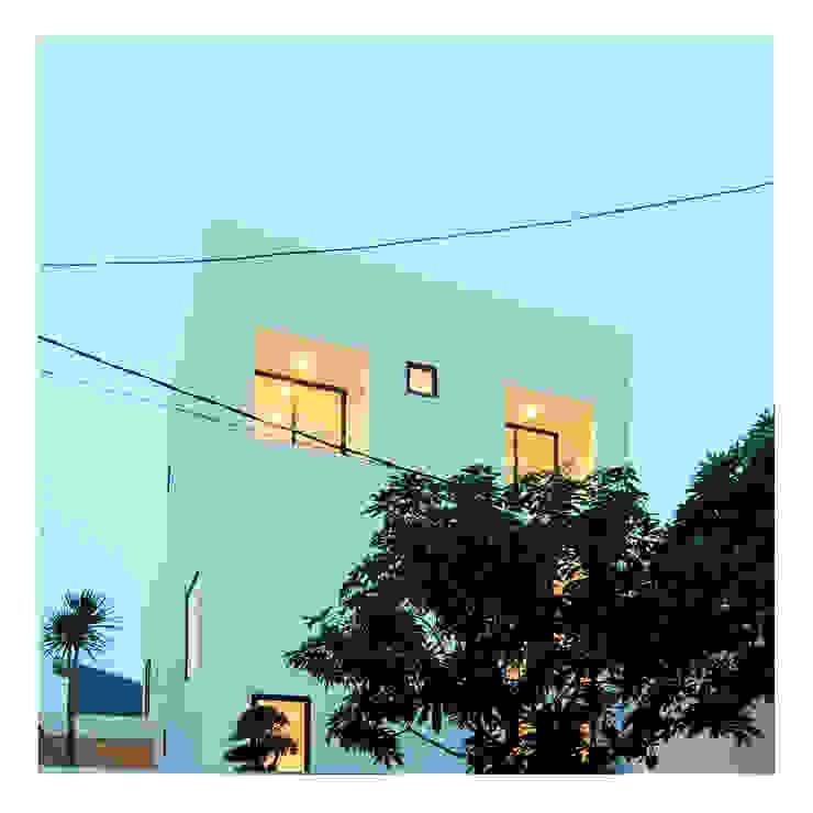 Pserpektif Malam Ahouse Rumah Minimalis Oleh studiopapa Minimalis