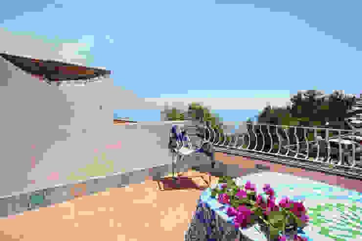 archielle Balcones y terrazas de estilo mediterráneo