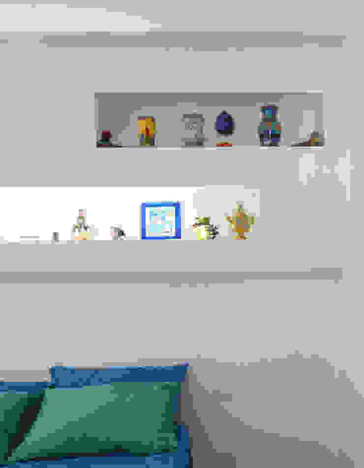 archielle Dormitorios de estilo mediterráneo