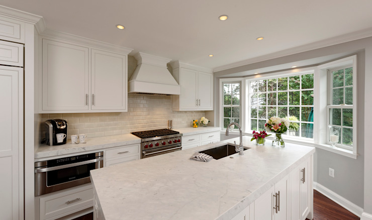 Whole House Design Build Renovation in Bethesda, MD Classic style kitchen by BOWA - Design Build Experts Classic
