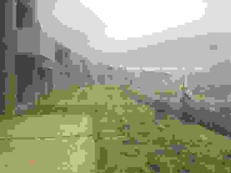 Empradización Viviendas Balcones y terrazas de estilo rural de Jestar Ideas & Construcciones SAS Rural