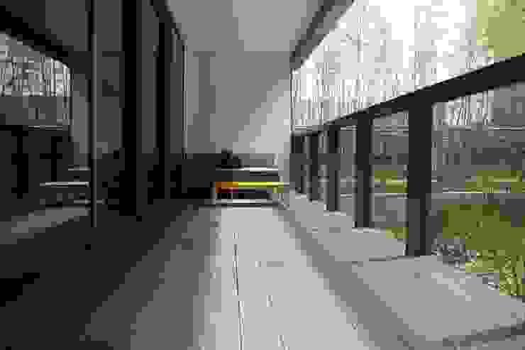 The LALU House 根據 POSAMO十邑設計 隨意取材風 實木 Multicolored