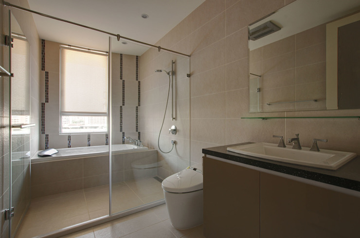 現代簡約家居 現代浴室設計點子、靈感&圖片 根據 哲嘉室內規劃設計有限公司 現代風