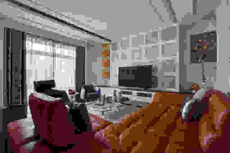 Klassische Wohnzimmer von 哲嘉室內規劃設計有限公司 Klassisch
