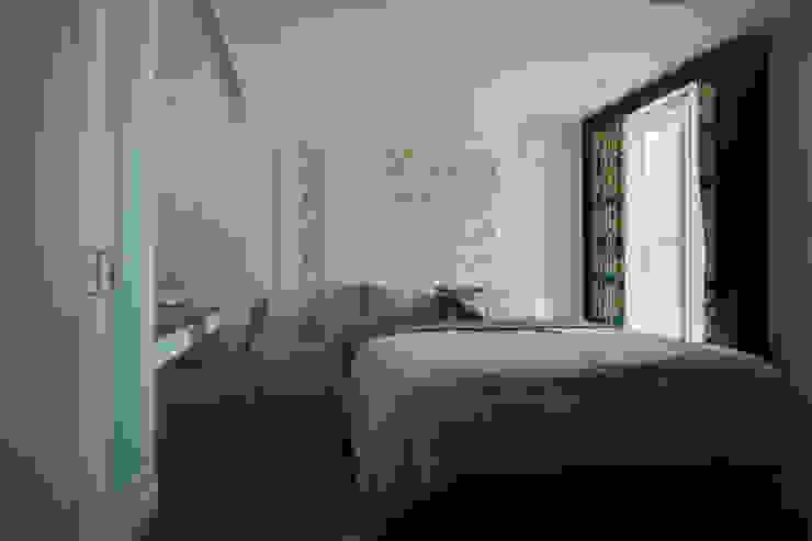 Klassische Schlafzimmer von 哲嘉室內規劃設計有限公司 Klassisch