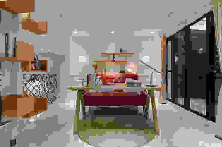 溫馨休閒小別墅 根據 哲嘉室內規劃設計有限公司 現代風