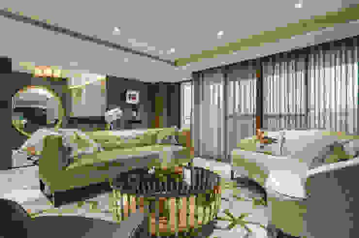 時尚簡約美宅 现代客厅設計點子、靈感 & 圖片 根據 哲嘉室內規劃設計有限公司 現代風