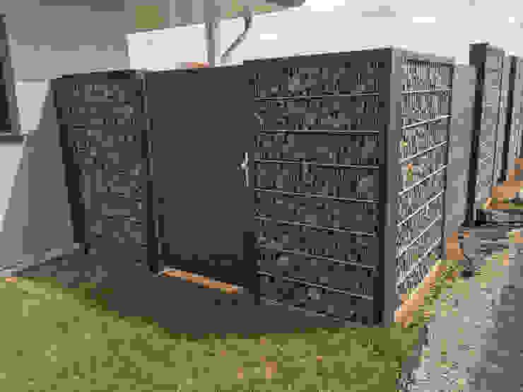 Steelmanufaktur Beyer Front yard Metal Grey