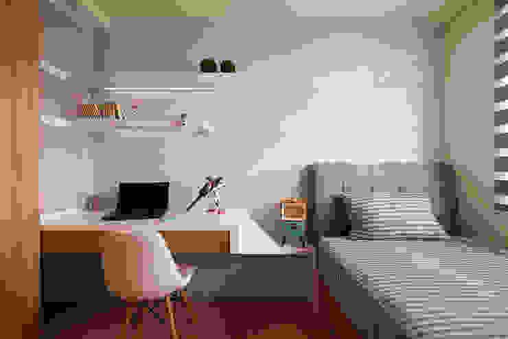 男孩的夢想天地 Industrial style bedroom by 趙玲室內設計 Industrial