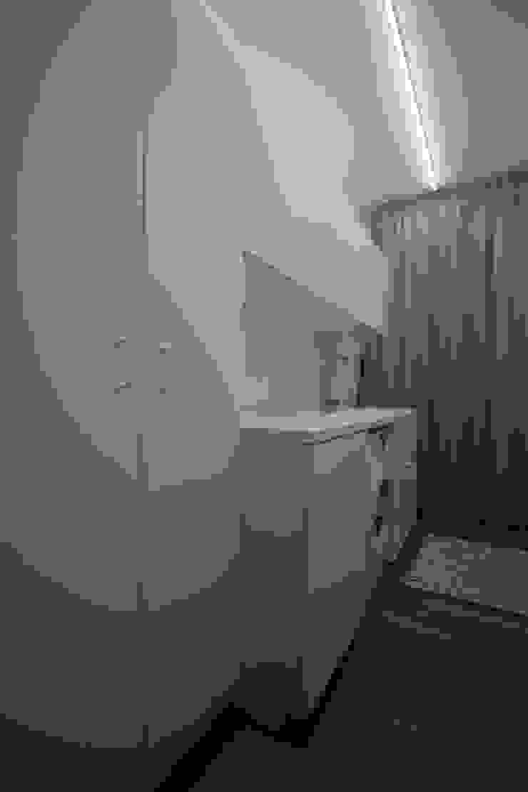 Appartamento a Termini Imerese PA Spogliatoio moderno di Giuseppe Rappa & Angelo M. Castiglione Moderno