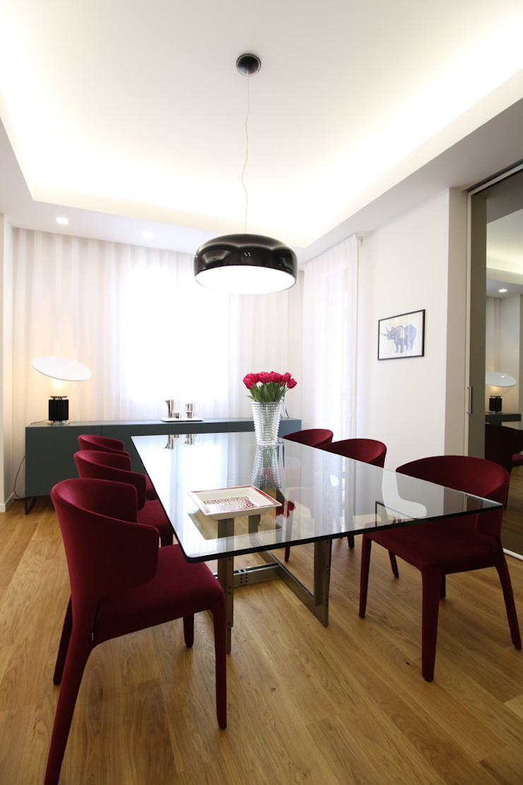 Modern dining room by Giuseppe Rappa & Angelo M. Castiglione Modern