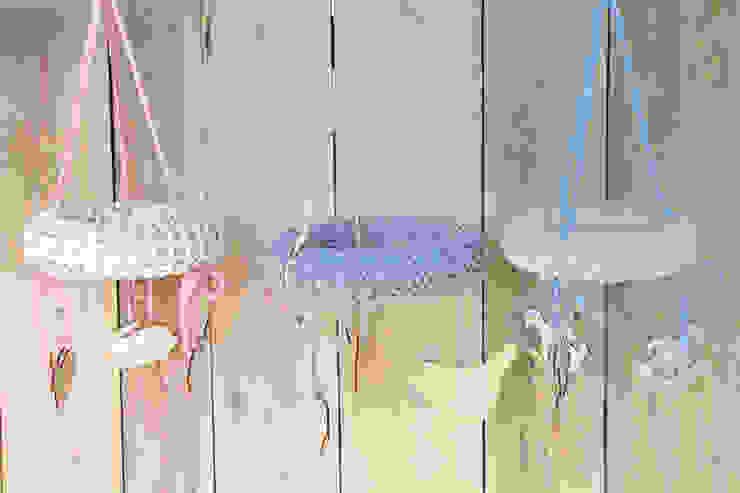 Karuzele ze sznurka bawełnianego od Manufaktura pracownia artystyczna Skandynawski