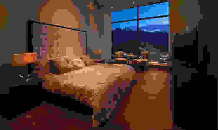 Bedroom by Enrique Serrano  |  Fotógrafo de Arquitectura e Interiores,