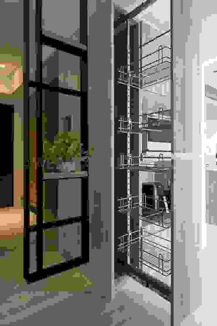 樸.淨 現代廚房設計點子、靈感&圖片 根據 築川設計 現代風