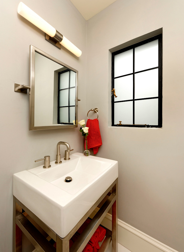 Baños de estilo clásico de BOWA - Design Build Experts Clásico