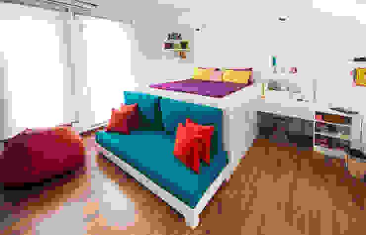 Kids Bedroom:  غرفة نوم تنفيذ Mazura