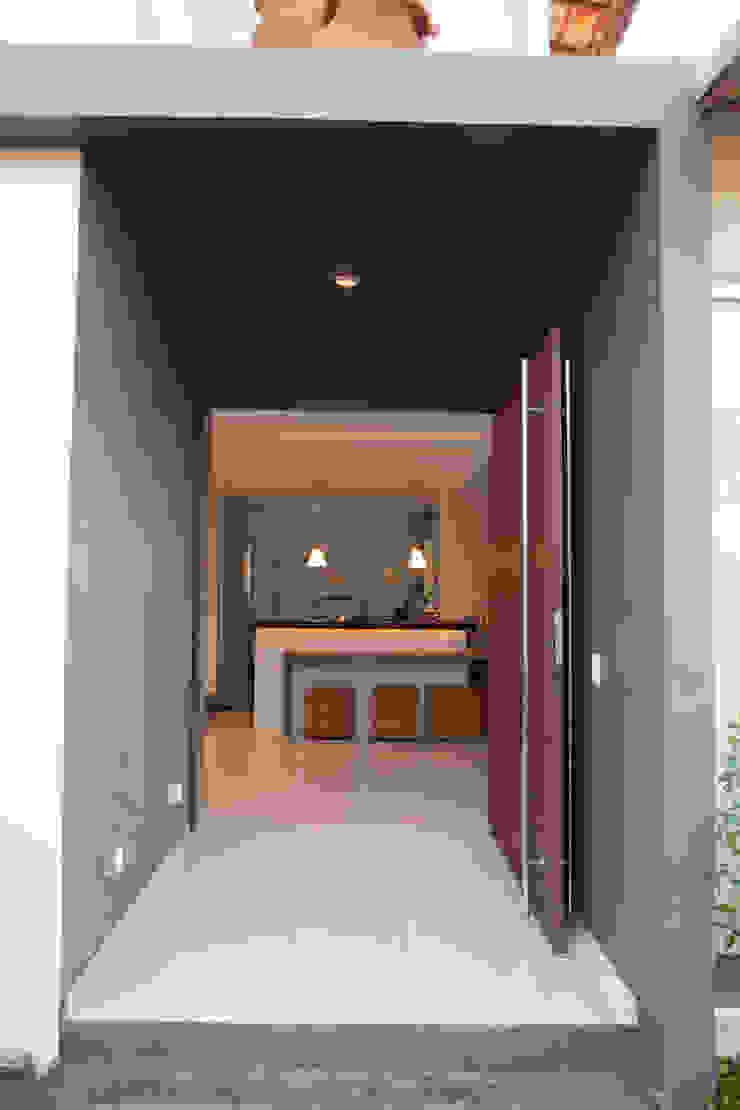 by MORSCH WILKINSON arquitetura Modern Concrete