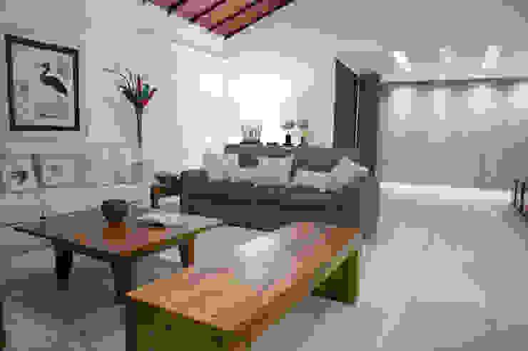Sala de Estar Salas de estar modernas por MORSCH WILKINSON arquitetura Moderno Madeira Efeito de madeira